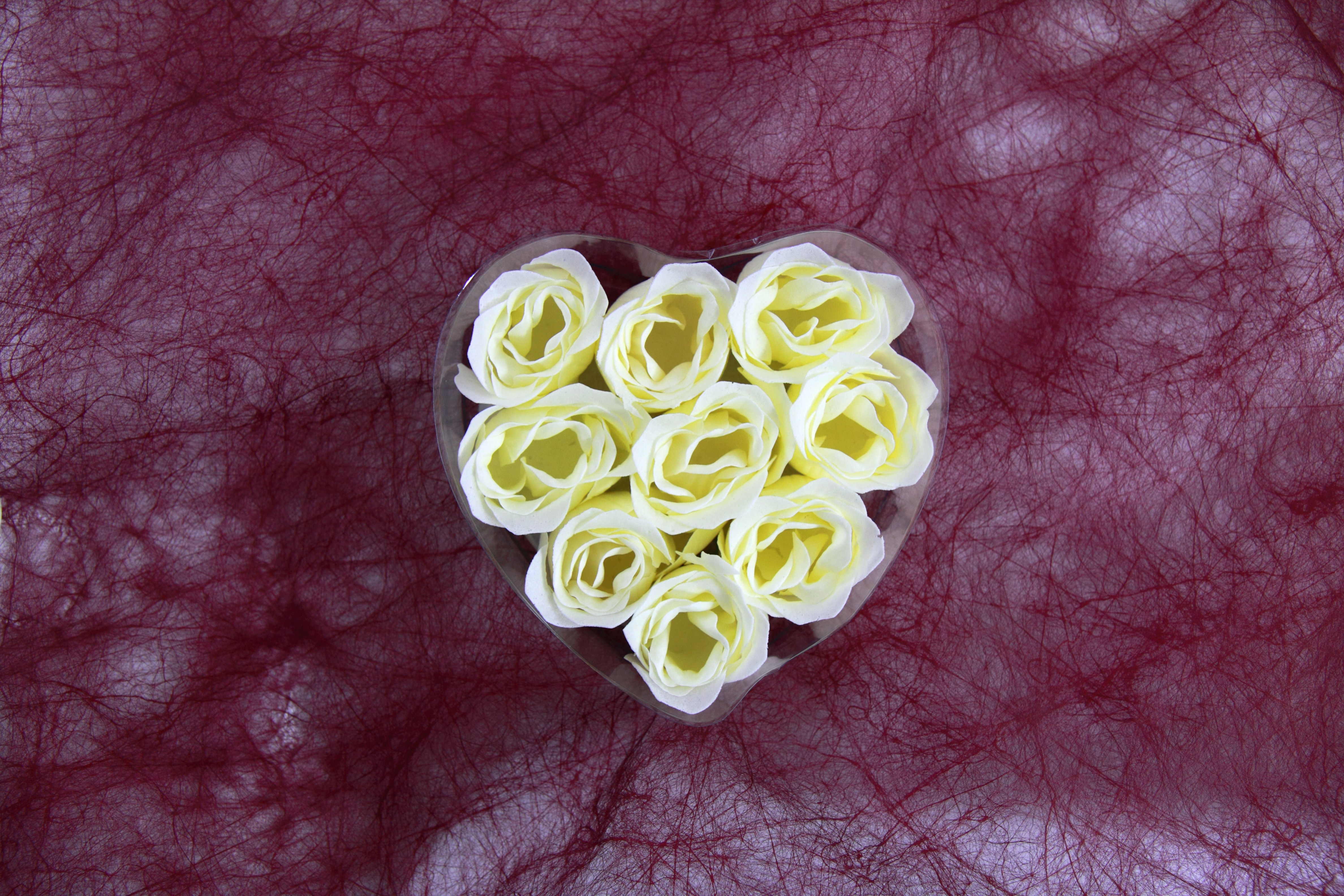 heart_from_roses